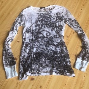T party burnout long sleeve too small like new